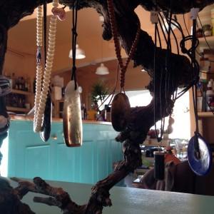 Exposició i venda de joies de Montse Bagué