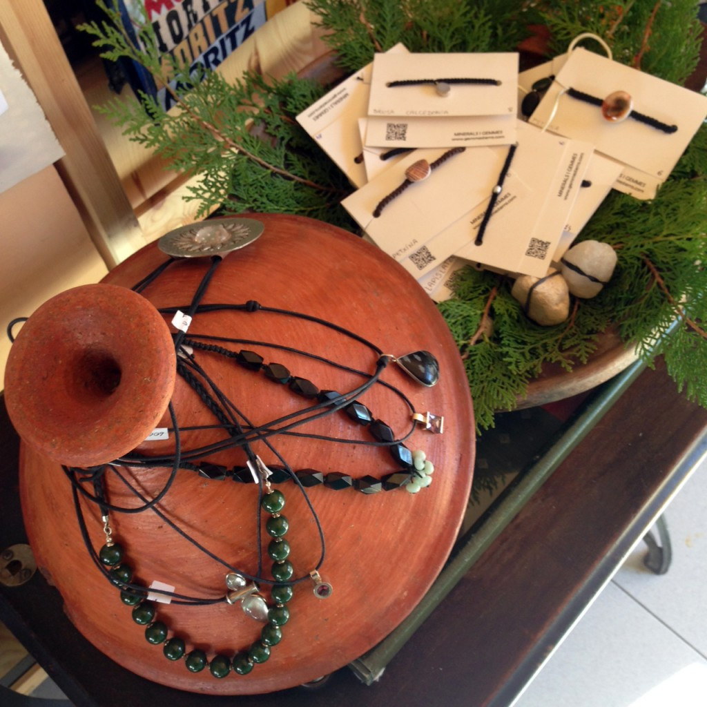 Exposició i venda de de joies de Montse Bagué, @ Les Voltes
